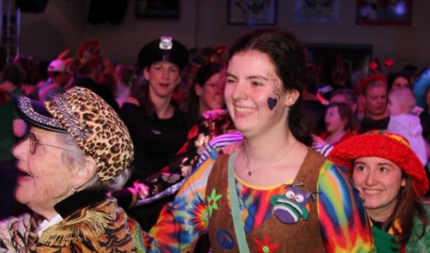 Carnavalsfeest in Winssen  Foto: Jos Courbois © DeMaasenWaler