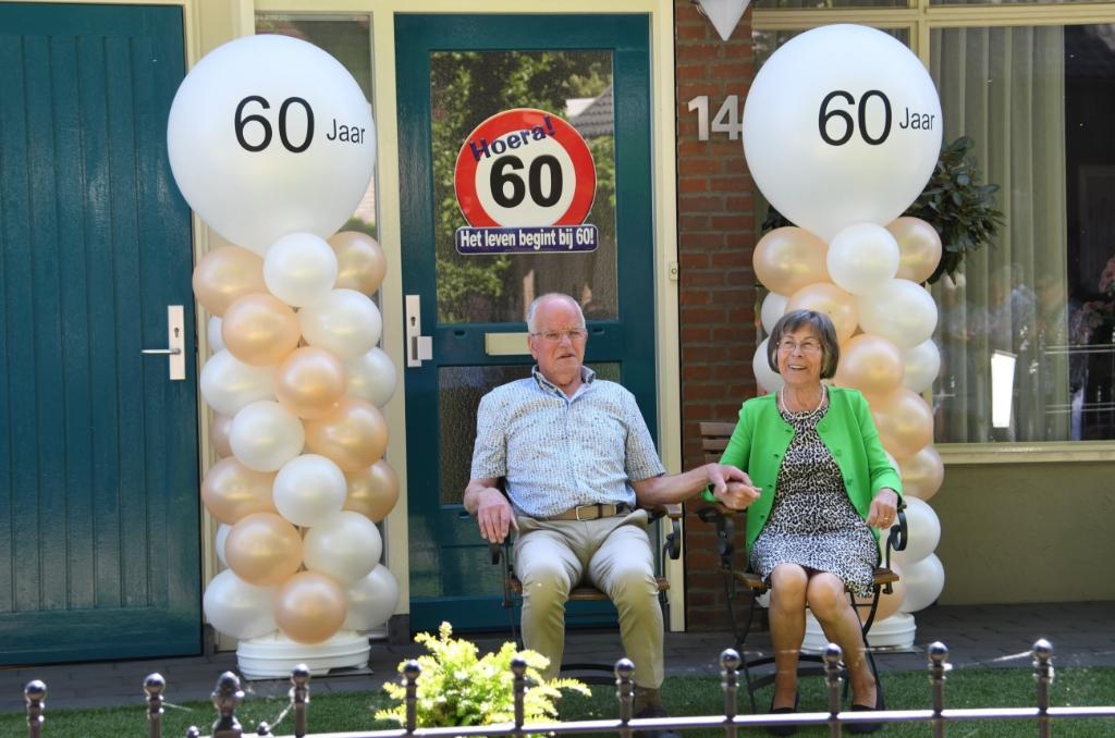 Han en Tonny de Lang 60 jaar getrouwd Foto: Henk van Coolwijk © DeMaasenWaler