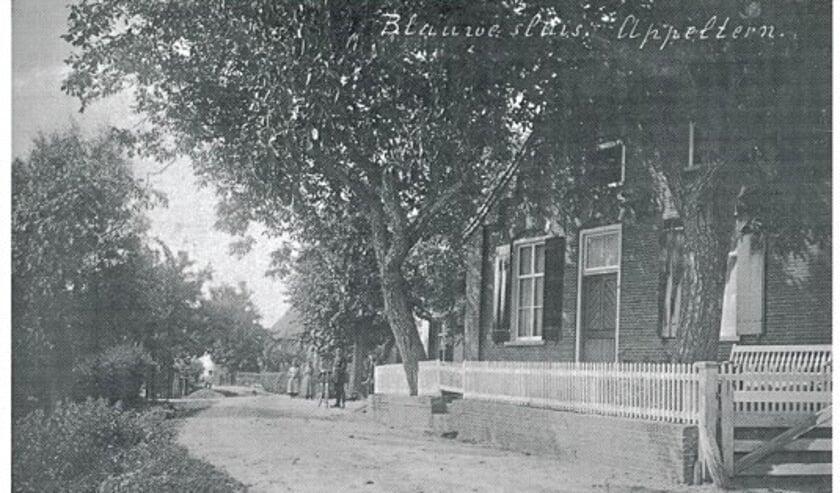 <p>Huis van Scherff aan de Sluissestraat in Appeltern</p>