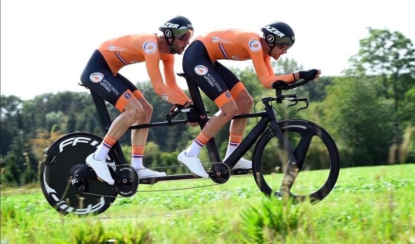 Tandemwielrenners Timo Fransen en Vincent ter Schure.