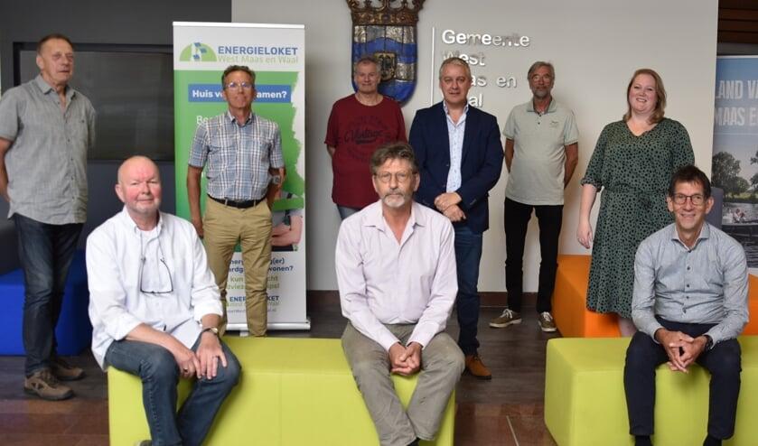 <p>Groepsfoto energiecoaches West Maas en Waal.</p>
