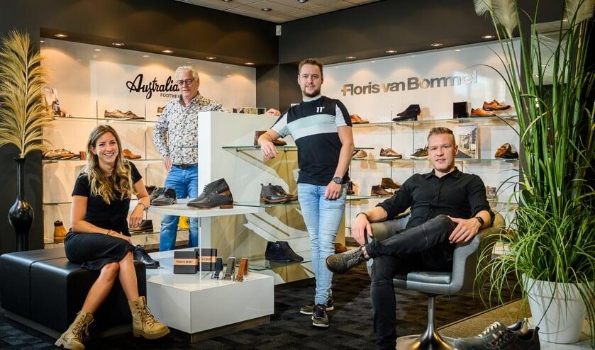 <p>V.l.n.r.: Anne Gerrits, Jos, Mike en Rick Verploegen</p>