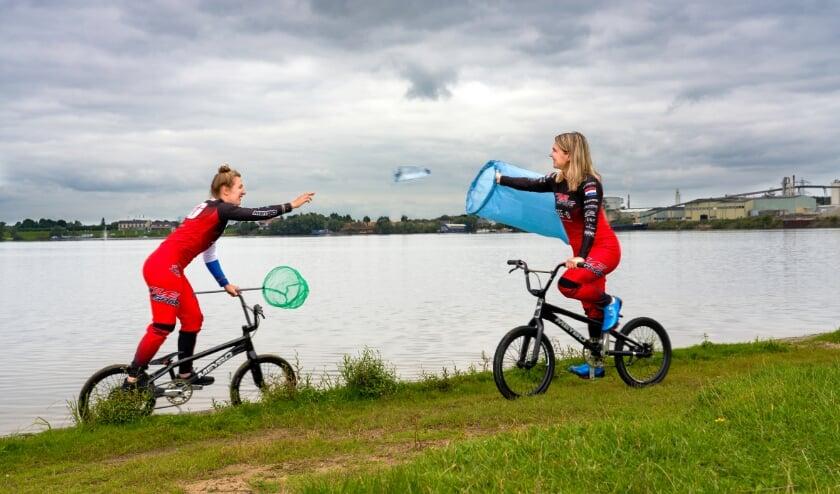 BMX-zussen Laura en Merel Smulders