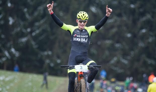 <p>Overwinning voor Tom Schellekens</p>