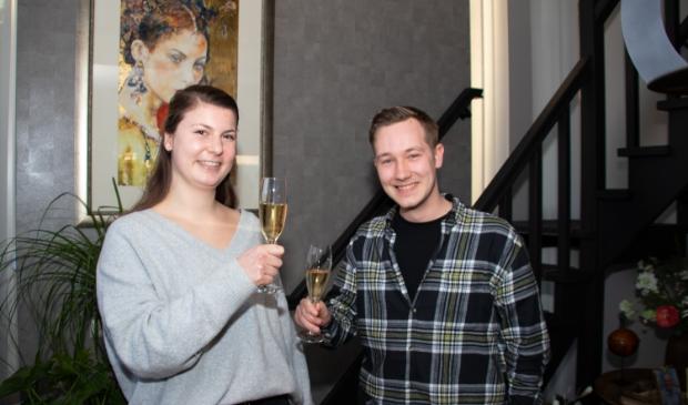 <p>De nieuwe gezichten van Wijnbar de Buren, Britt Meijerman &amp; Yick van der Velden</p>
