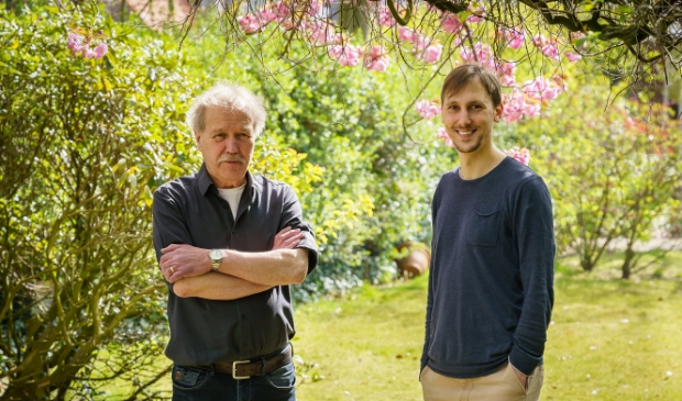 De jury van het Perfecte Plaatje Schijndel. Frans (l) & Tom Keetels