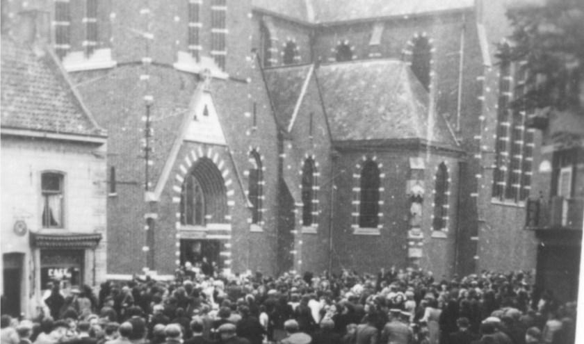 Oproer aan de kerk tijdens de klokkenroof op 10 september 1943