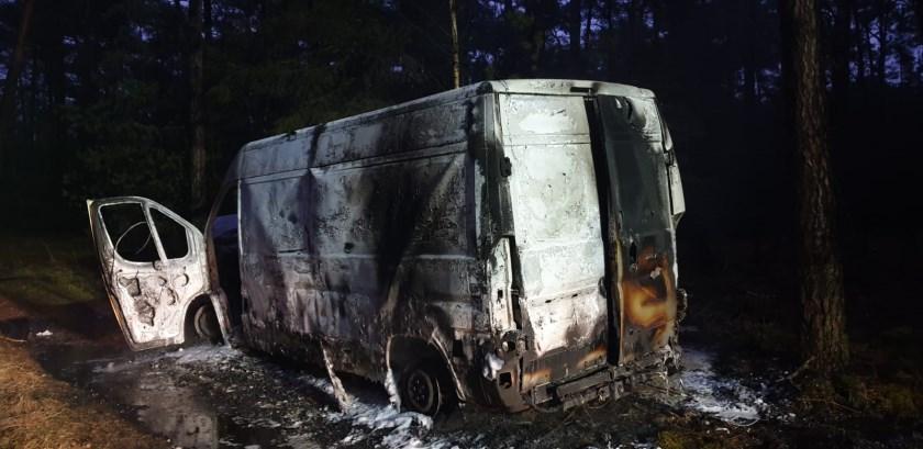Het uitgebrand busje vol XTC afval
