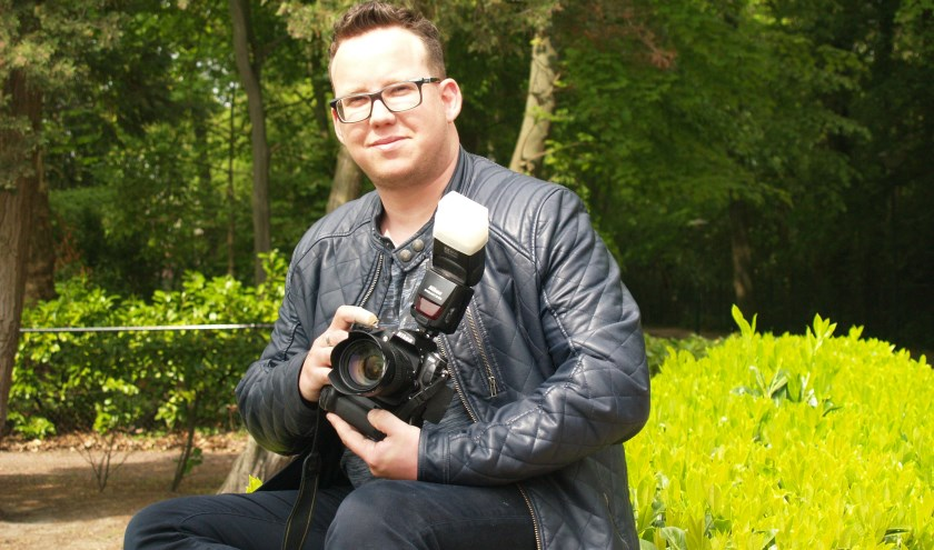 Persfotograaf Harm van Leuken uit Budel, foto: Laura Raats
