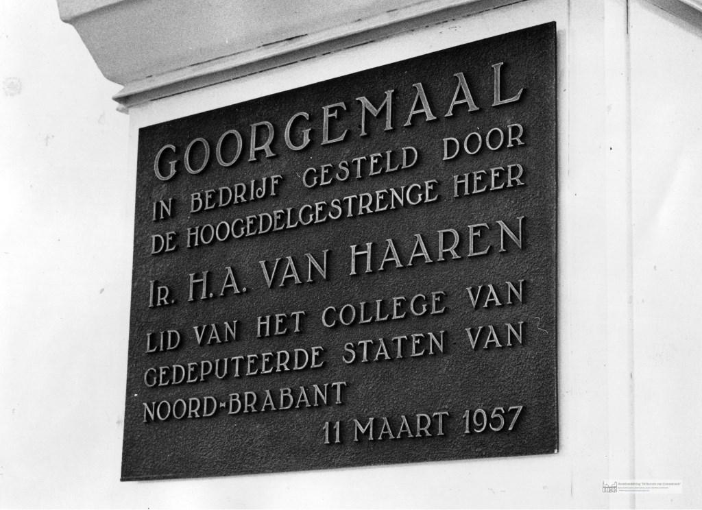 plaquette bij Goorgemaal 1957 Foto: collectie Heemkundekring © grenskoerier
