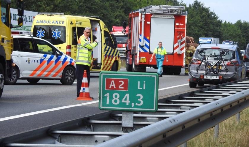 Zowel de politie, brandweer als ambulance kwamen met spoed ter plekke.
