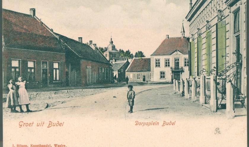 Markt met Schepenhuis ca. 1900