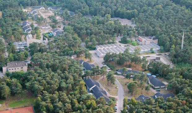 <p>De Hartenberg in Wekerom, gezien vanuit de lucht.</p>