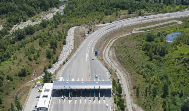 aerial image of tollroad payment