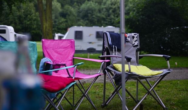 <p>Ondanks de drukke zomermaanden juli en augustus lijkt 2020 voor de toeristische sector op de Utrechtse Heuvelrug en in de Gelderse Vallei door de coronacrisis een verloren jaar </p>