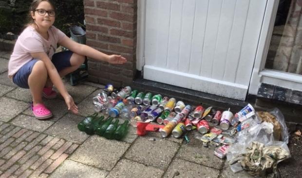 Langzamerhand merkt Lilly dat de hoeveelheid afval op straat, op parkeerplaatsen en in het nabijgelegen bos van Huis ter Heide iets minder wordt.