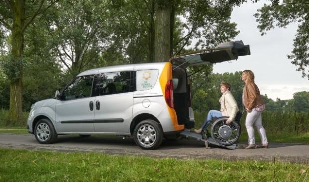 De Zonnebloem-auto is er voor iedereen die afhankelijk is van een rolstoel of scootmobiel.