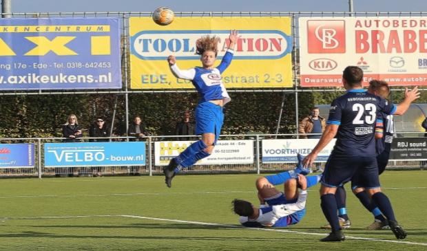 Joël van Wijk in actie voor DTS Ede.