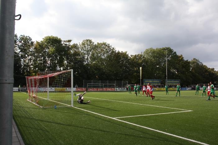 Penalty door Vince de Kwant voor 1-2