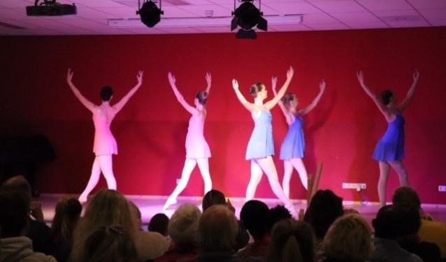 Een optreden tijdens het cultuurcafé in MFA de Kersentuin afgelopen zondag.