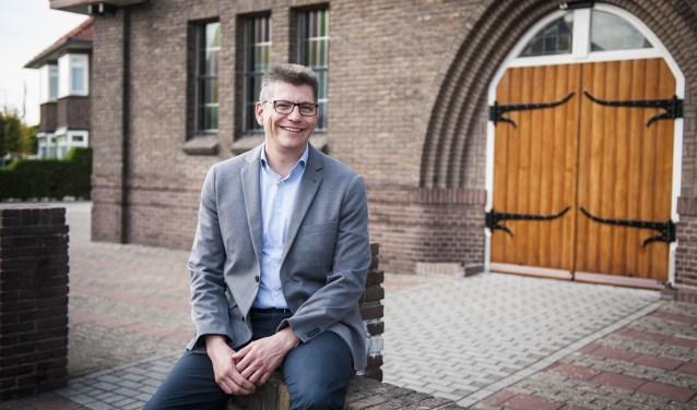 Dominee Alexander Veerman is onlangs begonnen in de Gereformeerde Kerk.