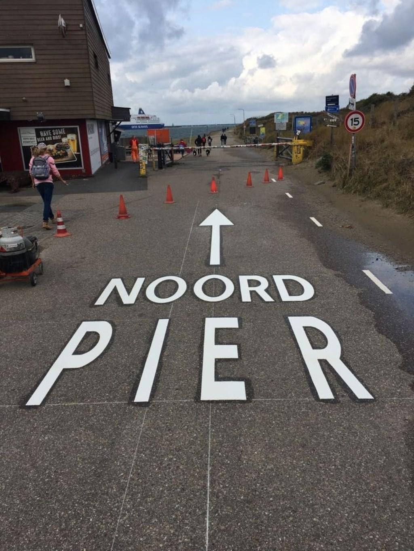 'Signing' bij de entree van de Noordpier. Aangeleverd door de gemeente Velsen © BDU Media