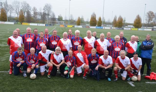 De Walking football teams van CDW/SVF en FC Utrecht
