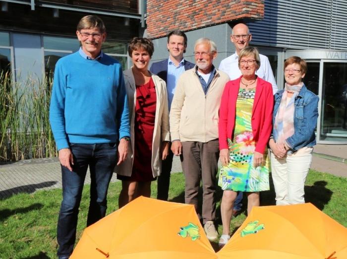 AWP Vallei en Veluwe leden bij het Partijcongres in Apeldoorn. Met van links naar rechts Ron van Megen (#1 op de kandidatenlijst), Jacqueline Pol (#2), Tim van Dijk (#5), Ton Bresser (#3), Arja Span (#4), Herman Voorn (#17) en Alice Jonker(#10).