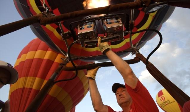 De hoofdprijs is een ballonvaart boven Hoevelaken en omgeving (archieffoto).
