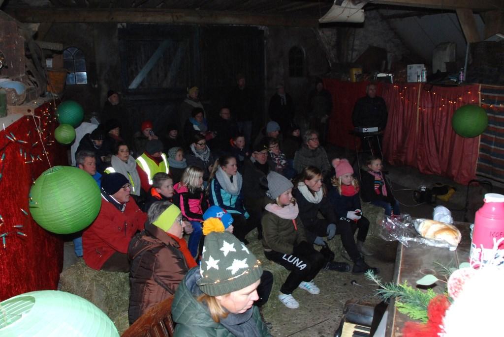 In boerderij Oud Willaer naast de film De Sneeuwman ook gezellige pianomuziek. Adriaan Hosang  © BDU media