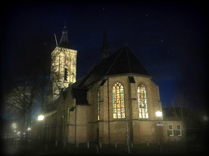 Kerstliederen zingen in de Grote Kerk te Scherpenzeel