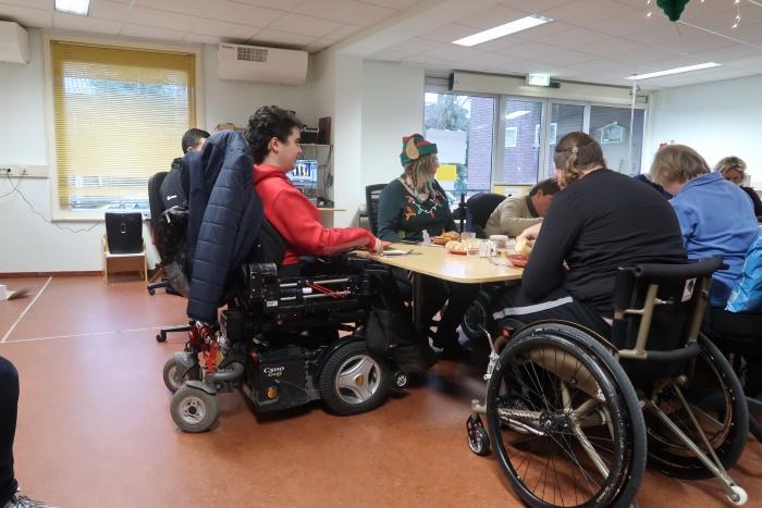 Mensen genieten van de Lunch Anne Ketelaar © BDU media