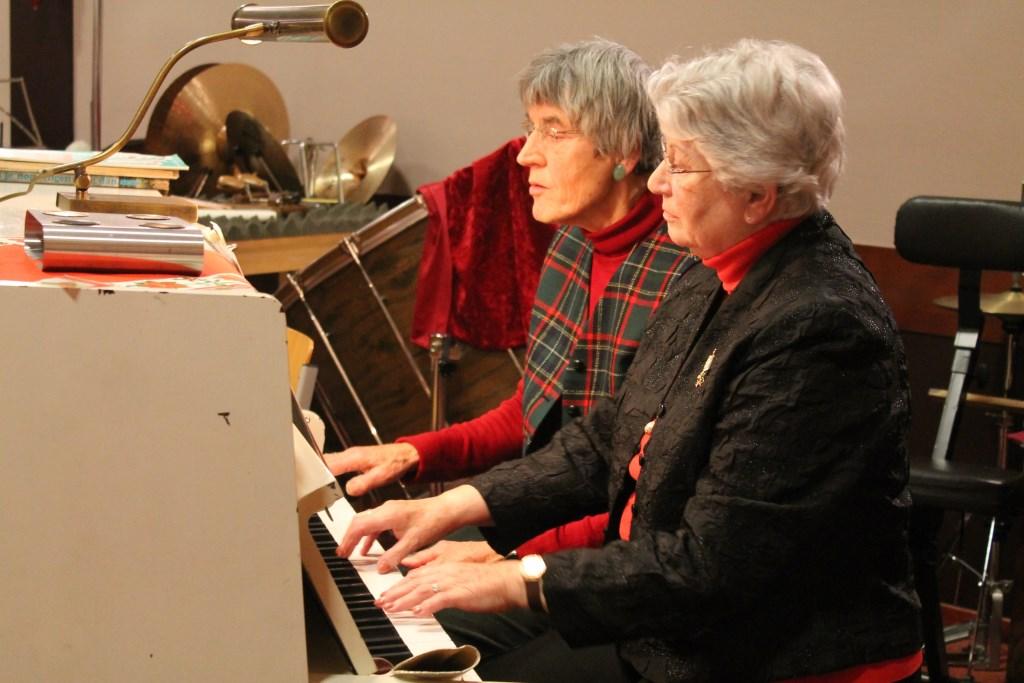 Rieteke Roodnat en Els Wintjes speelden quatre mains Hannie van de Veen © BDU media