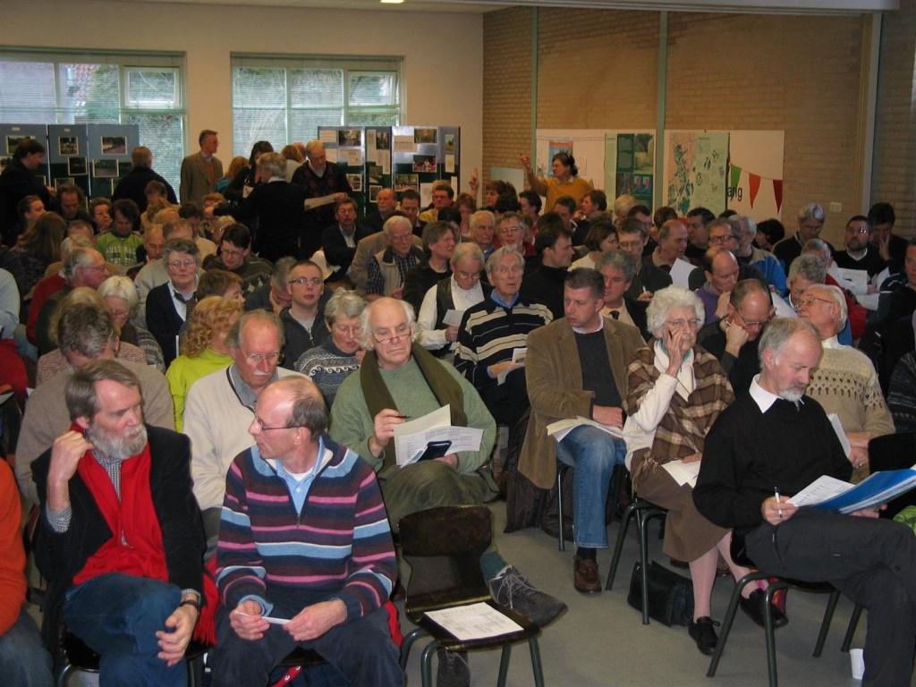 Discussie met raadsleden op 4 maart 2006. Stichting Regionaal Spitwerk © BDU media