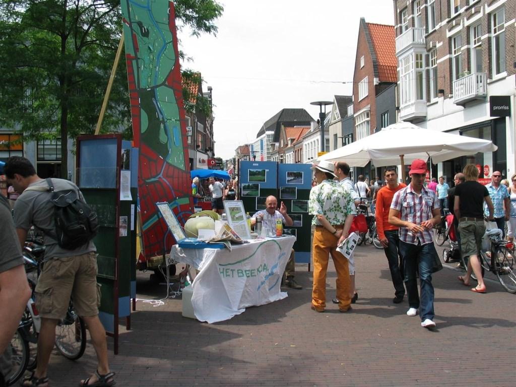 De Varkensmarkt in juli 2008. Stichting Regionaal Spitwerk © BDU media