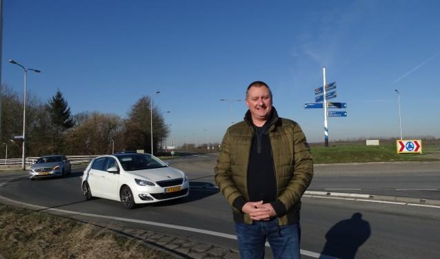 Voor Sybren van der Velden is het van groot belang dat er een turborotonde komt bij De Geer omdat dit de doorstroming en de verkeersveiligheid op de N229 zal vergroten