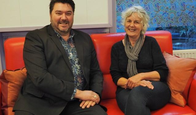 Wethouder Jur Botter samen met directeur Anita Schaaij.