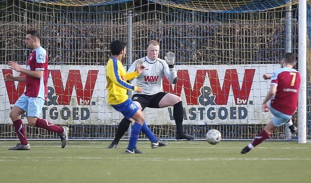<p>Van den Berkt in zijn tijd bij Blauw Geel&#39;55</p>