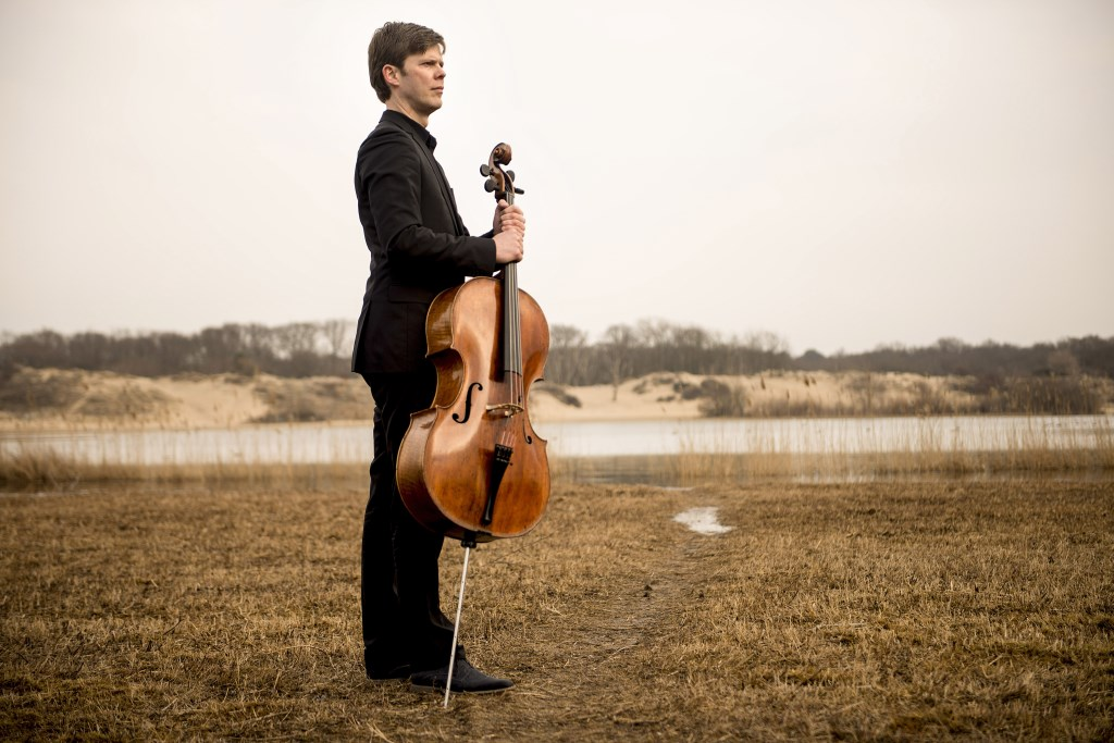 Cellist is Joachim Eijlander.