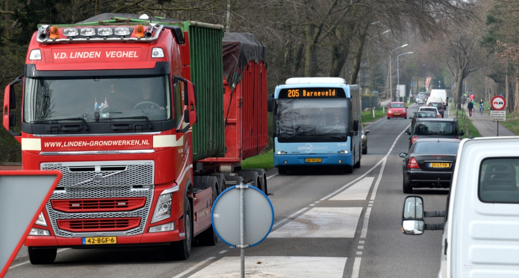 <p>De N303 en de Voorthuizerstraat zijn in Putten de drukste wegen.</p>