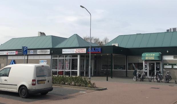 <p>Het winkelcentrum in Paasbos</p>