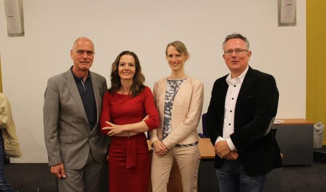 Het beoorde college van Houten, met (vlnr) Kees van Dalen, Hilde de Groot, Jana Smith en Herman Geerdes