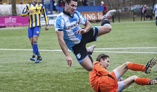 Spits Koen van Dijk in zijn mogelijk laatste optreden voor FC Driebergen
