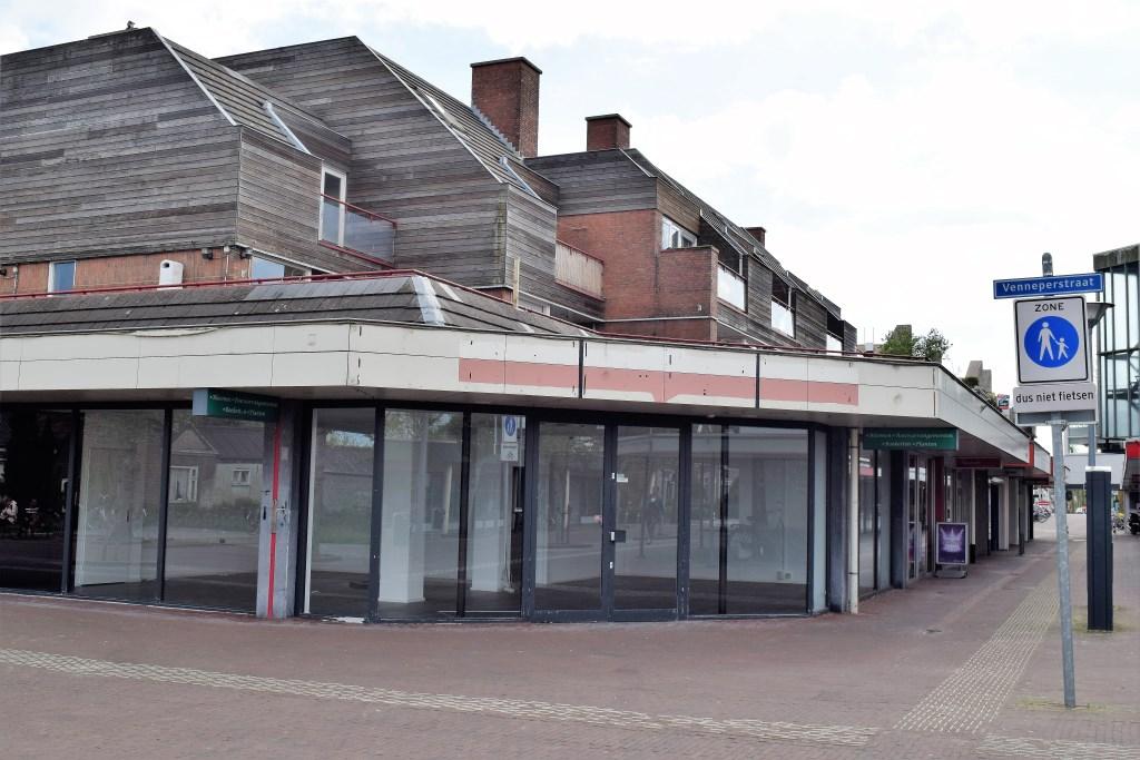 Het nieuw in te richten pand in Nieuw-Vennep.