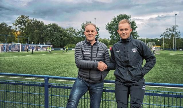 Hoofdtrainer Jan van Dalem en assistent zoon Mark van Dalem
