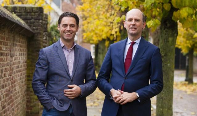 Notarissen Martijn Maas (rechts) en Mark Sprenkels (links)