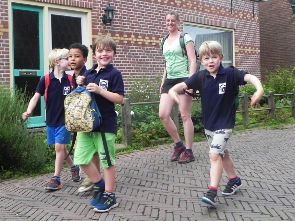 Met een brede lach op hun gezicht beginnen deze jongens aan de 5 kilometer. Richard Thoolen © BDU media