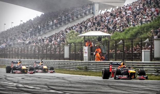 <p>Om de races op het circuit in Zandvoort in goede banen te leiden, zijn er een hoop maatregelen aangekondigd.</p>