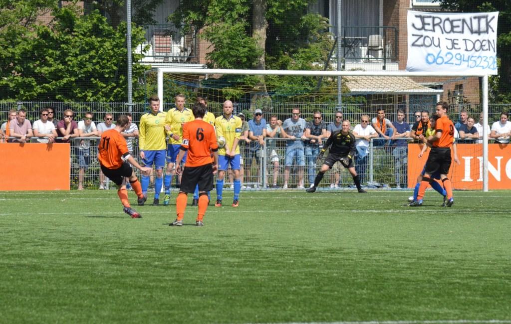Jeroen, de keeper van Altior, heeft zijn eigen supporters meegenomen. Jos van Rooijen © BDU media