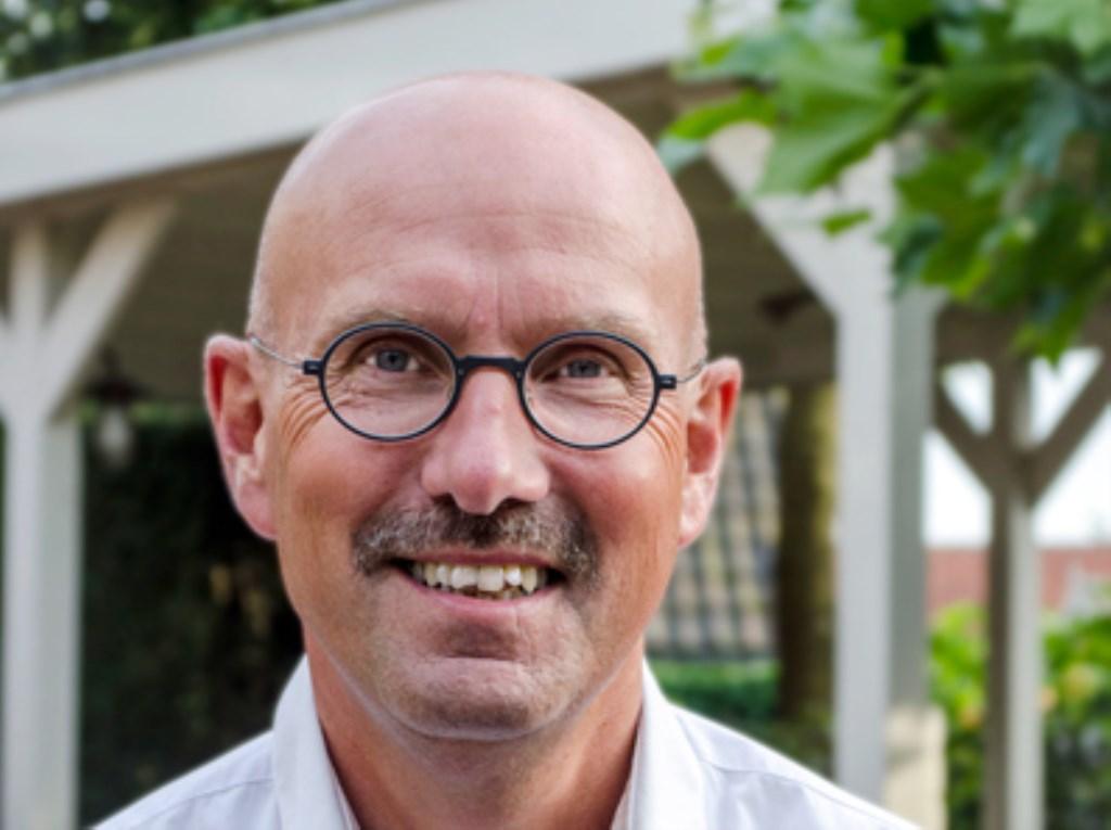 René Munsters blikt terug op tien fijne jaren als voorzitter van de Vereniging voor Dorp & Natuur Leersum-Amerongen. Edith Hazelzet © BDU